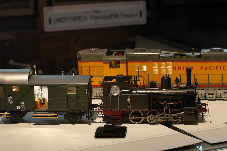 Exposición 'A todo tren. 1889, del Vasco Navarro al Orient Express'