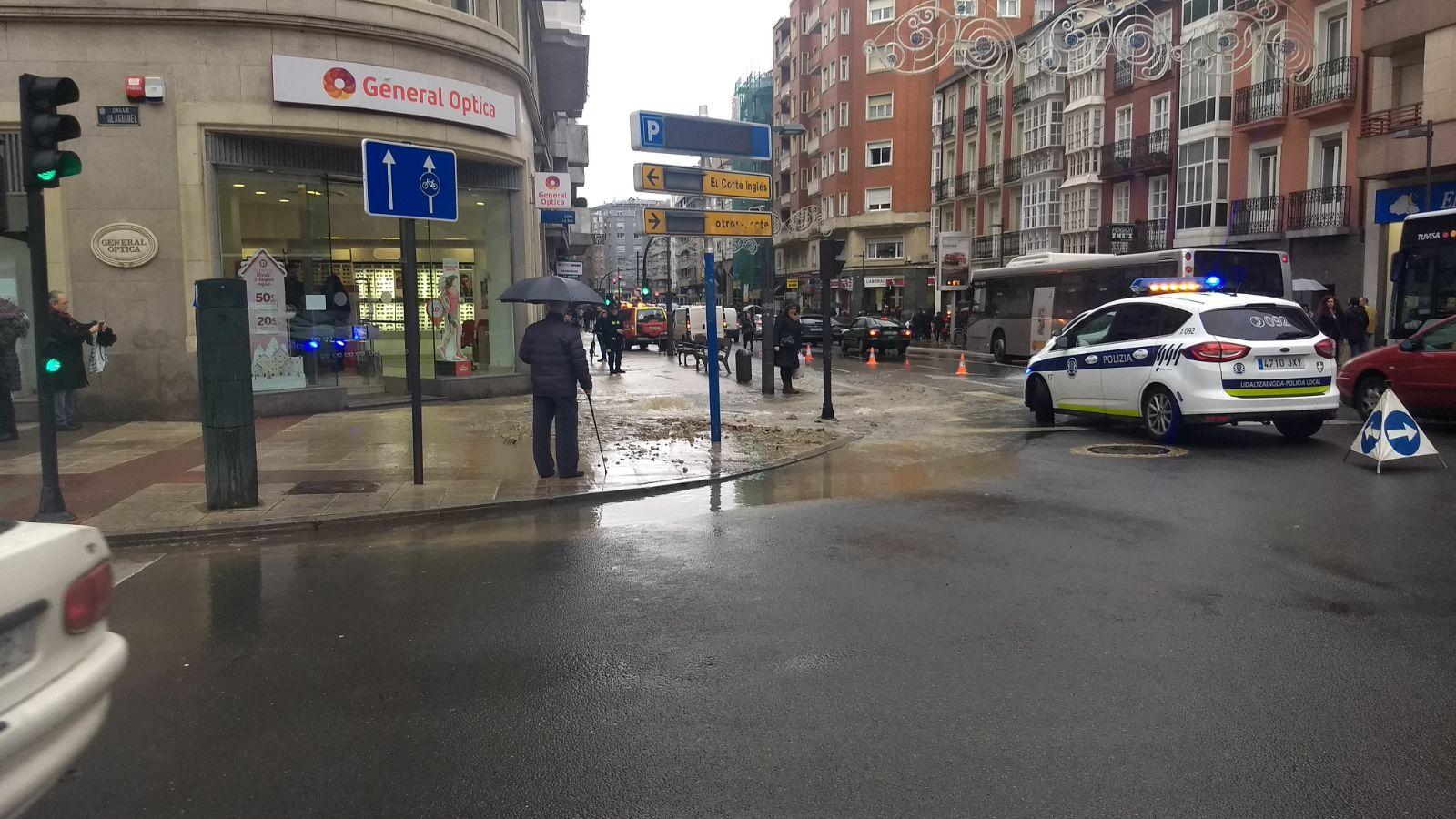 La calle Paz inundada