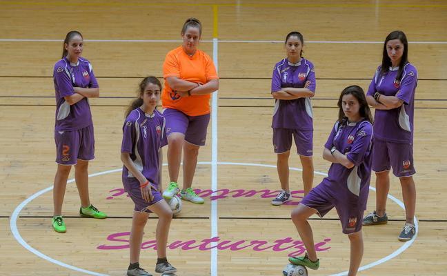 El Santurtzi femenino, un estreno por todo lo alto en la liga vasca