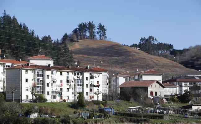 Los trabajos de consolidación definitiva de la ladera de Ondarroa durarán seis meses