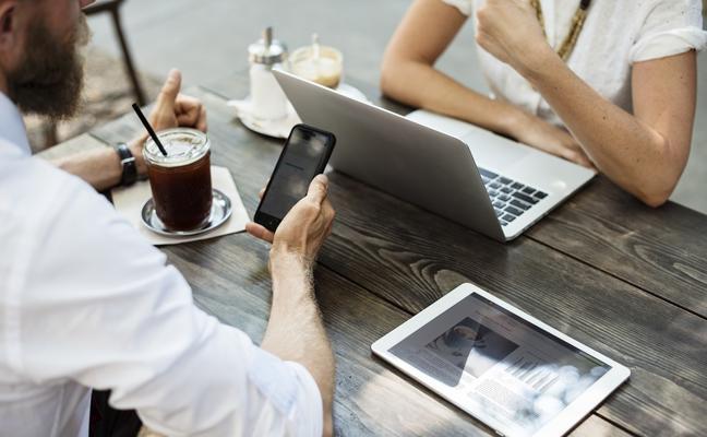 La conexión de Internet en casa resiste frente a los datos móviles