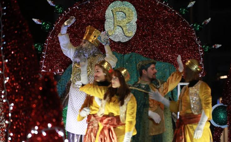 Las mejores imágenes de la Cabalgata de Reyes de Vitoria