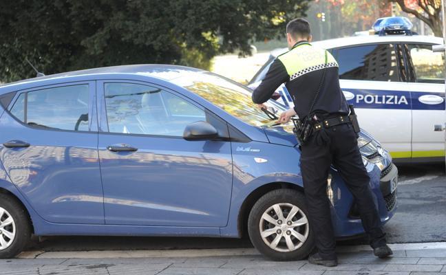 La Policía Local de Vitoria vota por continuar la 'huelga de celo'
