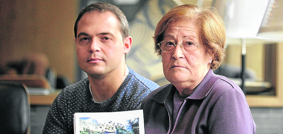 Vitoria se vuelca con la familia de Borja Lázaro, desaparecido hace cuatro años