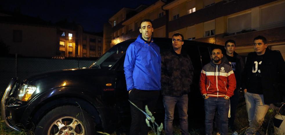 La discusión entre 7 jóvenes atrapados en L'Angliru y el 112: «¿4x4? Sí, cuatro por cuatro, dieciséis»