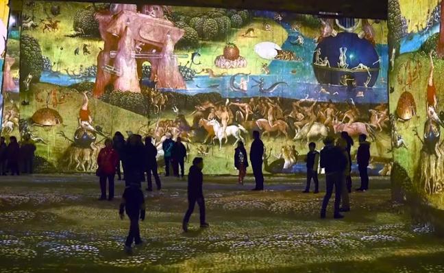 'Les Carrières de Lumières': la historia del arte cobra vida en una cantera de caliza francesa