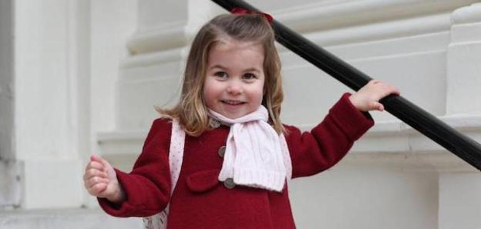 El abrigo viral 'vasco' de la princesa Charlotte