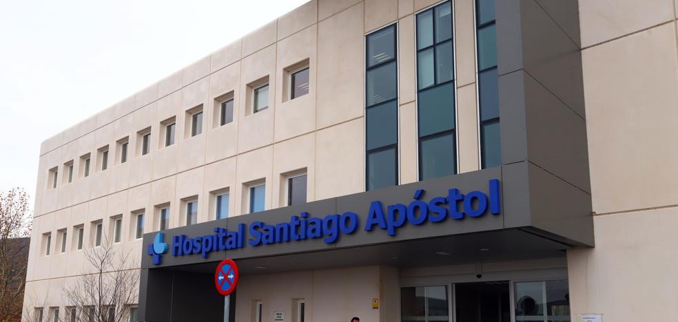La espera para ser operado en el Santiago Apóstol se reduce a una media de 64 días