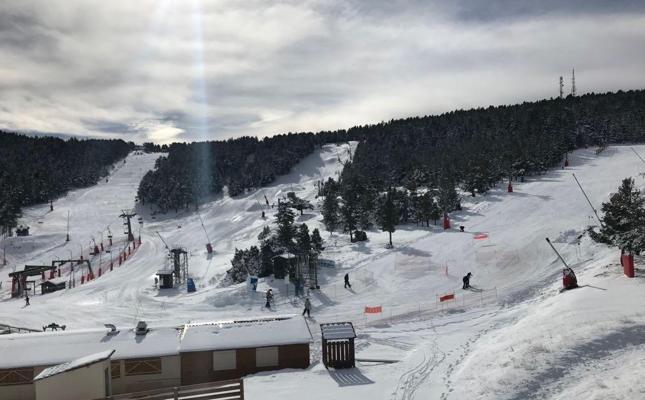 Nieve y más nieve para Aramón