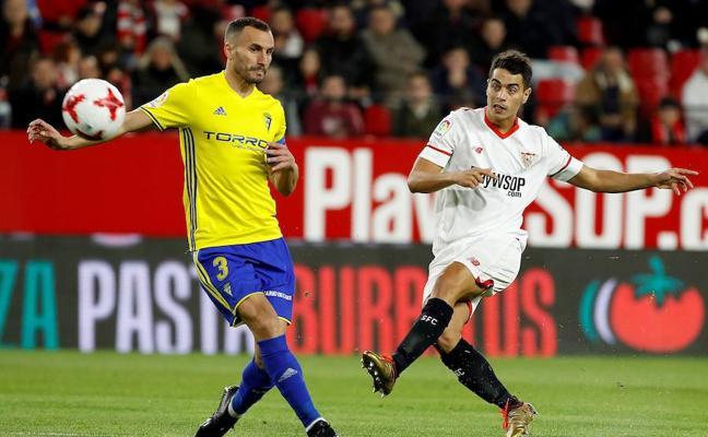 El Sevilla no da opción al Cádiz