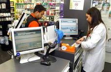 Los vascos pueden desde hoy retirar sus medicinas en 13 comunidades con su tarjeta sanitaria