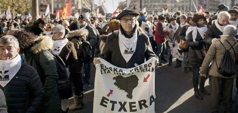 Francia trasladará en las próximas semanas a presos de ETA a cárceles cercanas al País Vasco