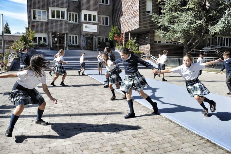 El PP propone eliminar los distritos de las matriculaciones escolares en Vitoria