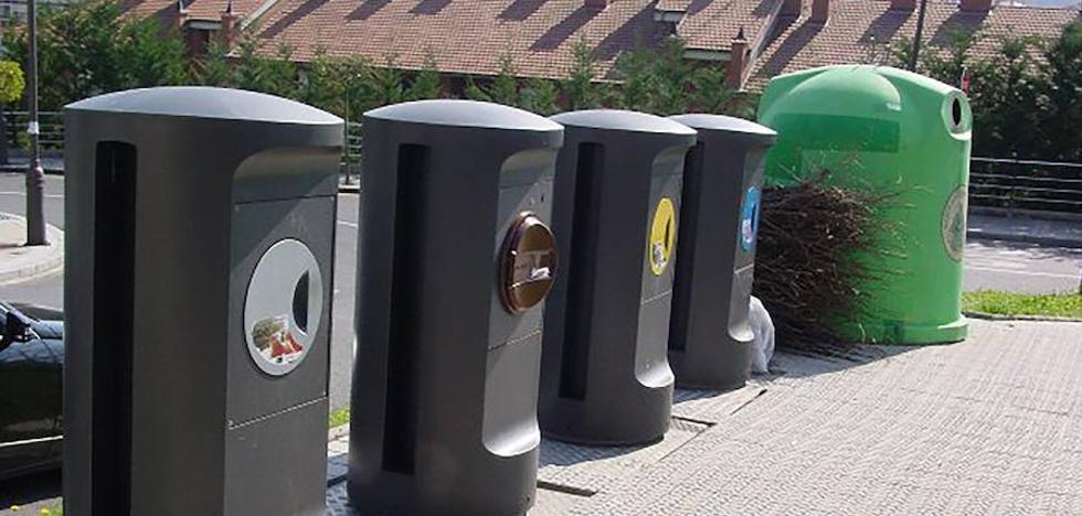 Galdakao instala nueve bocas nuevas para reciclar residuos orgánicos y sustituye otras 14