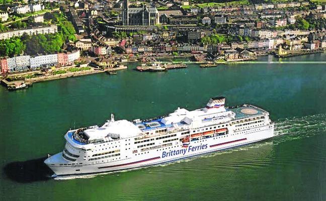 Santander arrebata a Bizkaia la ruta del ferry al puerto irlandés de Cork