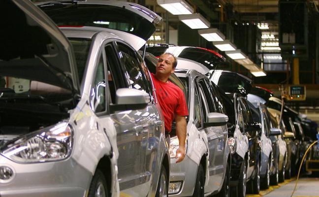 El BBVA prevé que la mejora económica se empiece a trasladar a los salarios