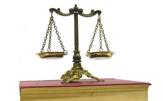 Un juez libra de todas sus deudas a un matrimonio con tres hijos que perdió su trabajo