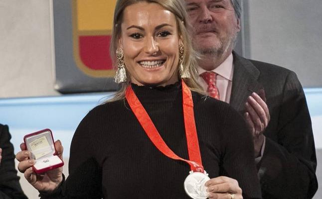 Lydia Valentín, por fin con la plata de Pekín 2008, espera el dinero de sus becas
