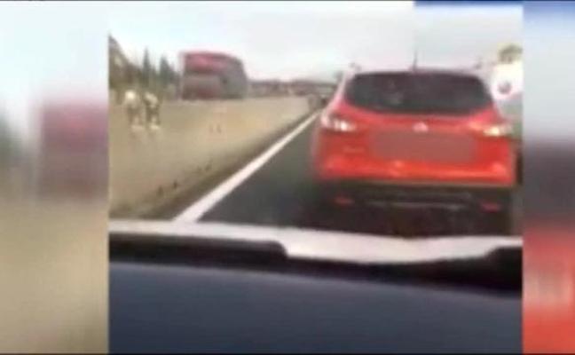 Un conductor hostiga y acosa a otro con frenazos y maniobras bruscas en Murcia