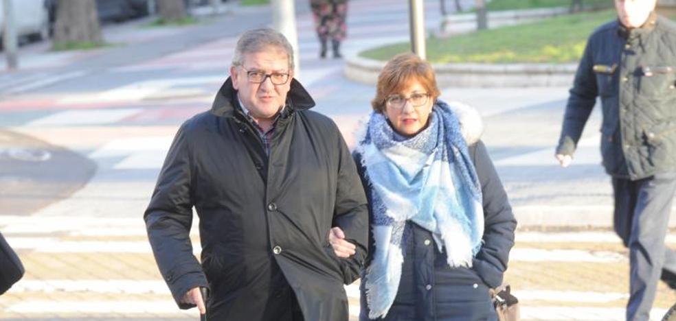 La Fiscalía afirma que los implicados en el 'caso De Miguel' «estaban amparados por todo el 'establishment'»