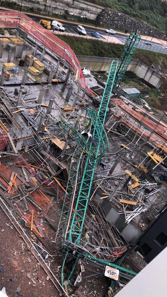 Caída de una grúa de construcción en Santurtzi