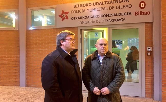 Aburto anuncia mayor presencia policial en las calles tras el doble crimen de Otxarkoaga