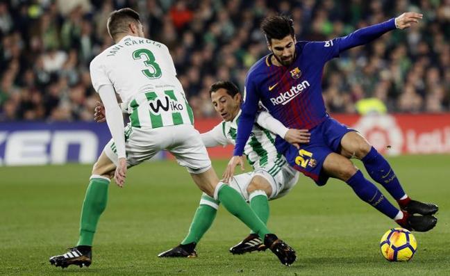 El Barça tritura la esperanza de sus perseguidores con una manita