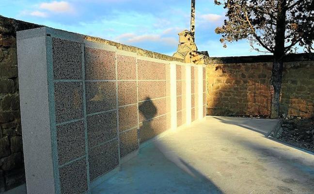 El Cementerio amplía sus servicios con la incorporación de sesenta columbarios