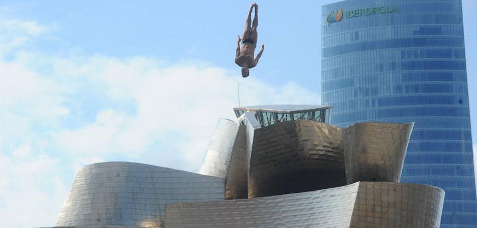 Vuelve a Bilbao el espectacular concurso de saltos de Red Bull