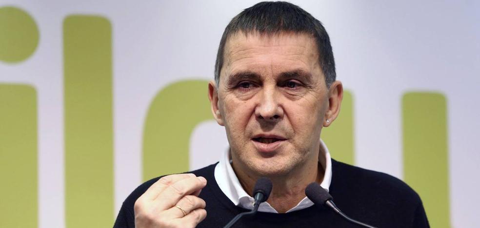 Otegi se reunirá el lunes por primera vez con la plana mayor de los empresarios vascos