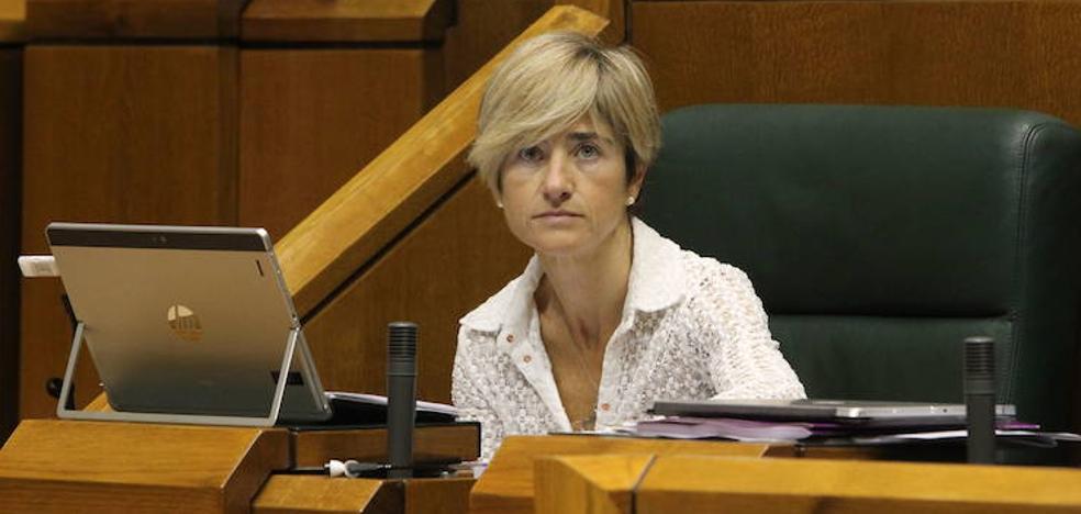 Pili Zabala se reincorpora al Parlamento vasco tras cinco meses de baja