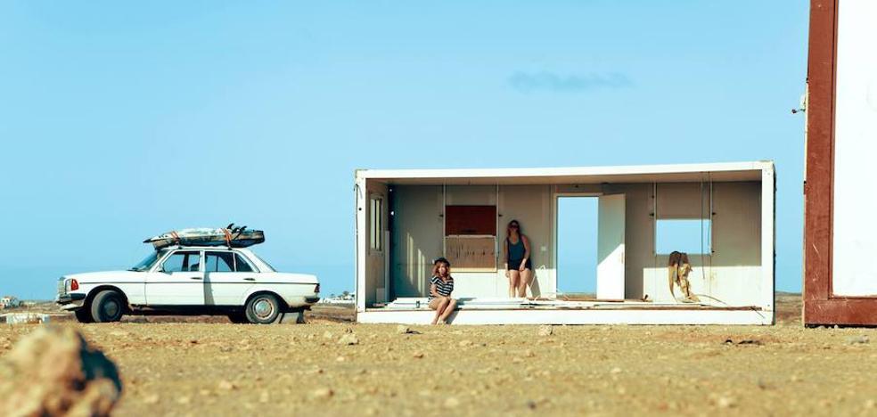 La mujer y el surf, protagonistas en Sopela