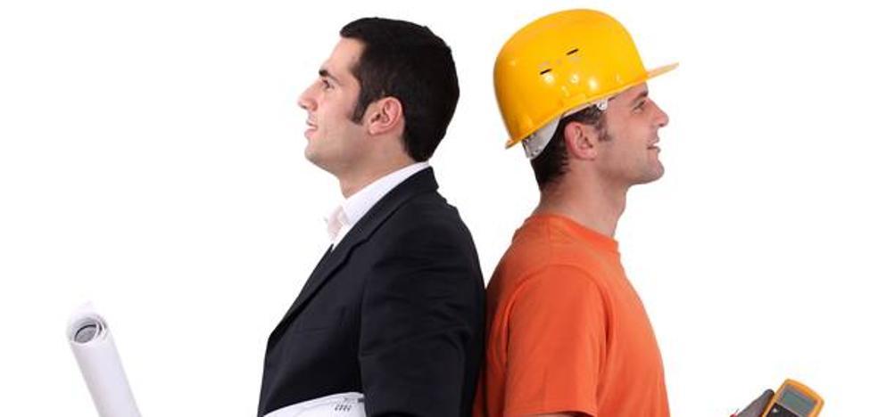 Por qué un ajustador cobra más que un ingeniero
