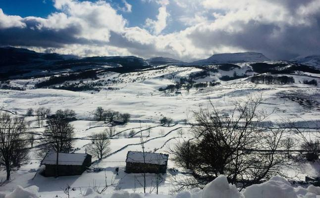 Mándanos tus fotos y vídeos de la nevada por WhatsApp