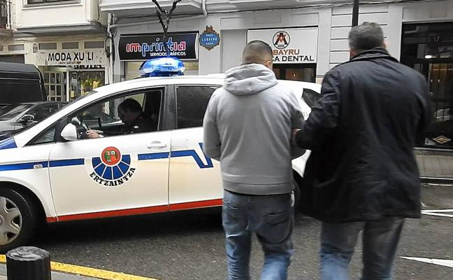 Oleada de robos en chalés de Uribe Kosta