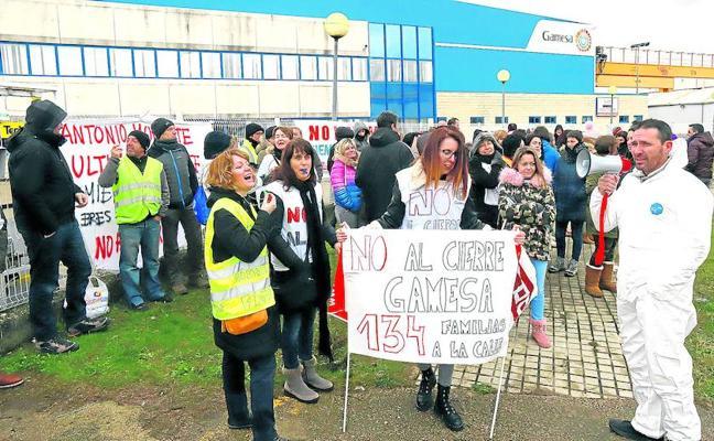 La plantilla de Gamesa se opone a negociar un plan de empleo sustentado en traslados