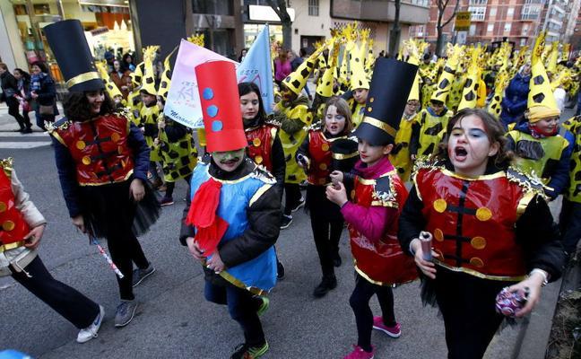 Casi 2.400 escolares abrirán el Carnaval con sus disfraces
