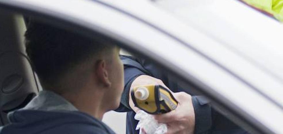 Da positivo en todas las drogas en un control de la Guardia Civil de Pontevedra