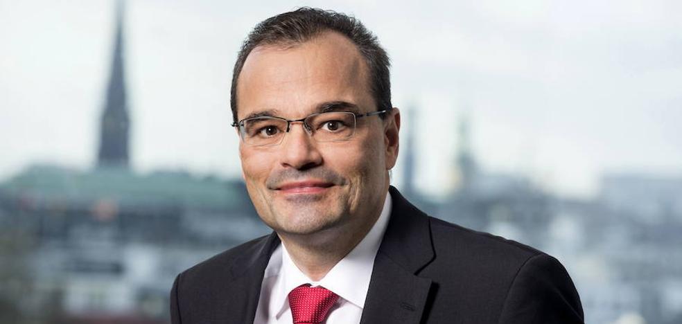 El consejero delegado de Siemens Gamesa asegura que los proveedores vascos «podrán crecer mucho»