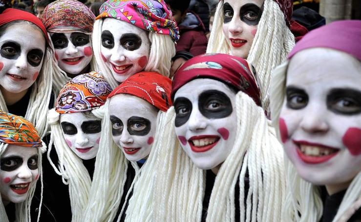 Los niños inauguran el carnaval en Bilbao