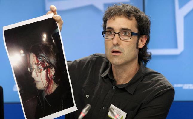 Dos años de cárcel para el ertzaina acusado de golpear a una senadora de Amaiur