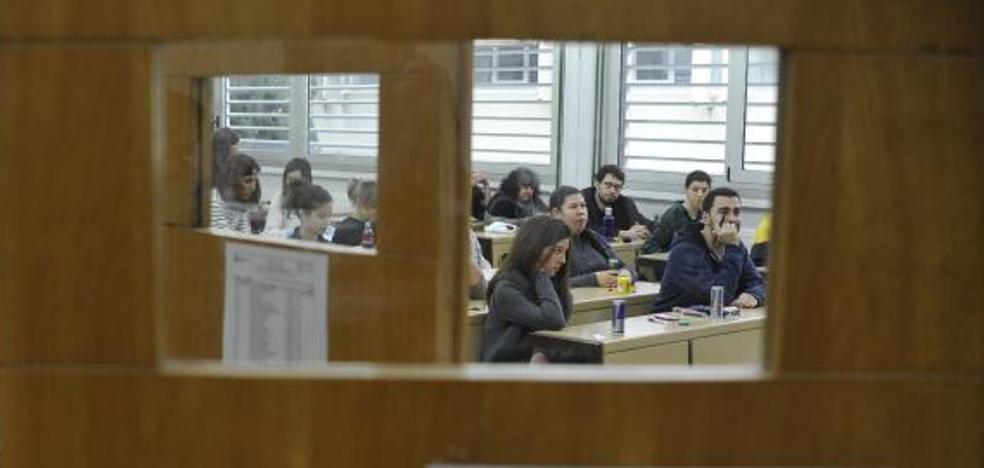 Más de 800 aspirantes al MIR se la juegan en el campus de Leioa
