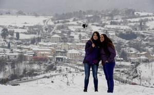 La nieve se toma una tregua en Bizkaia... para regresar con fuerza este lunes