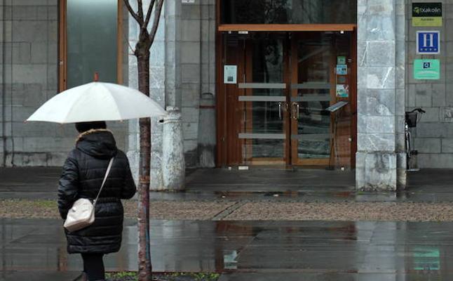 303 personas se inscriben a la oferta de empleo del hotel de Orduña