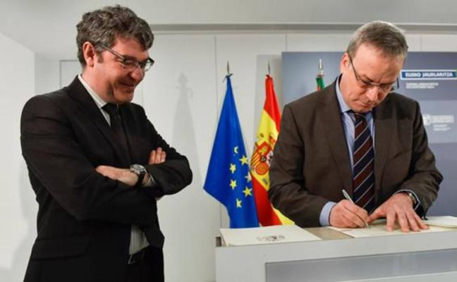 La CE remite un expediente informativo a Energía por el acuerdo entre PP y PNV sobre el peaje eléctrico