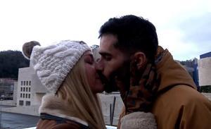 Los bilbaínos se besan por San Valentín