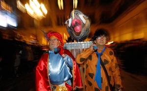 El carnaval vitoriano ya arde en la hoguera