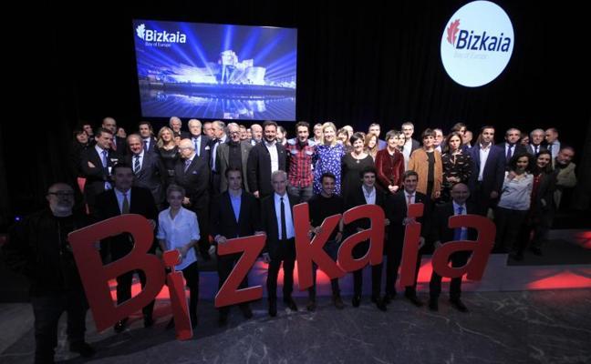 El broche de oro para Bizkaia de un día gigante en Madrid