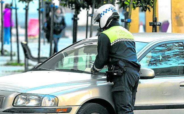 Urtaran amenaza con «medidas contundentes» contra la Policía Local si continúa con la huelga