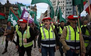 Policías municipales se concentran en Bilbao para exigir la jubilación anticipada